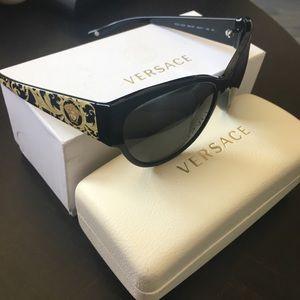 Versace barocco sunglasses